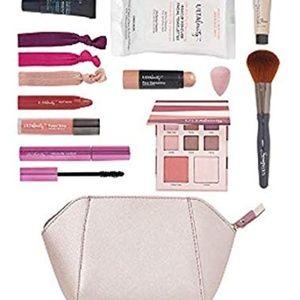 NEW 12 Piece Beauty Bag Kit